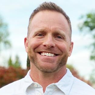 Erik Lott Profile Image