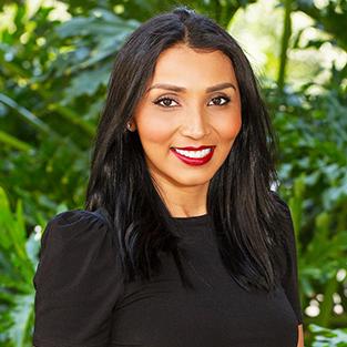 Helen Molina Profile Image